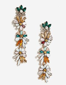 https://www.stradivarius.com/fr/femme/accessoires/sacs/afficher-tout/boucles-d'oreilles-longues-fleurs-c1718540p300467503.html?colorId=200